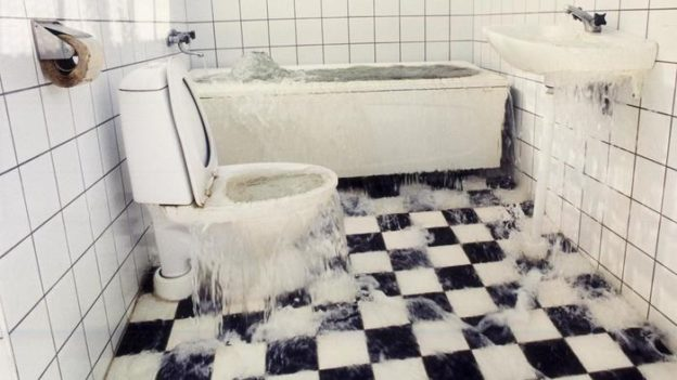 causes-toilet-overflow_67b3274e06afef5c